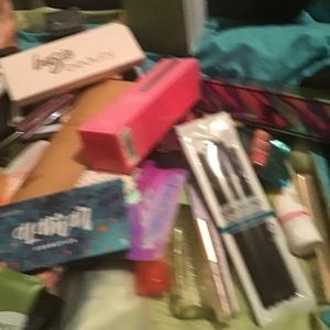 ipsy, boxycharm, Sephora Makeup - Makeup mystery 6 pieces or more, high end brands